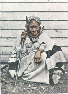 350px-altehaba-indianerin_von_derkoniginchalotte-insel_inbritisch-kolumbia_mitnasenring_undlippenpflock2